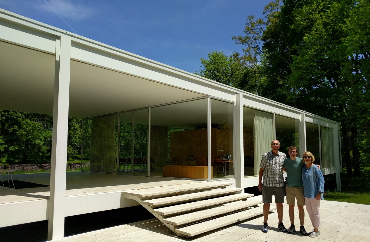 Exploring the Farnsworth House